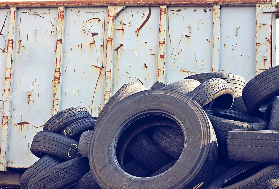 Scrap tyre collection